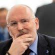 """Frans Timmermans explică mesajul scrisorii trimise pe 10 mai: """"Nu reduceţi lupta împotriva corupţiei!"""""""